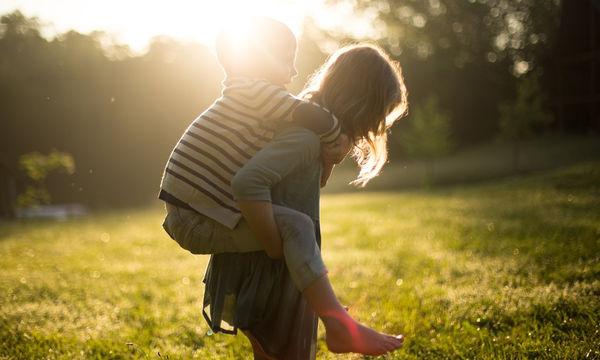 Με ποιους θα μοιραστούμε το μεγάλωμα των παιδιών μας;