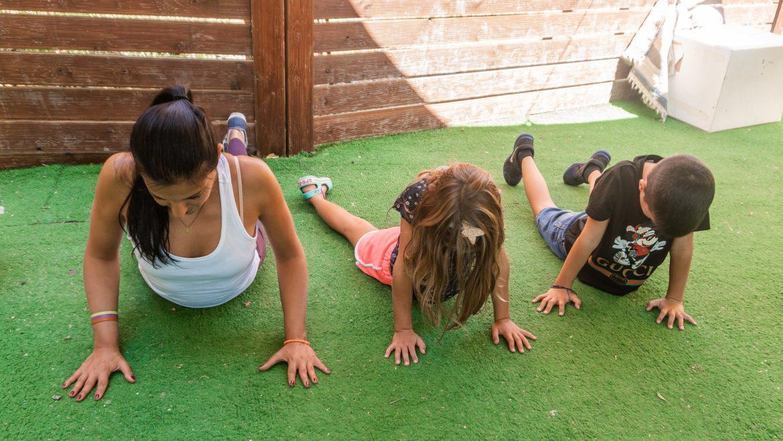 Γιατί να ξεκινήσει παιδική yoga!
